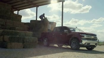 Chevrolet TV Spot, 'Official Truck of Real People' [T2] - Thumbnail 4