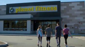 Planet Fitness Teen Summer Challenge TV Spot, 'Teens Work Out Free'
