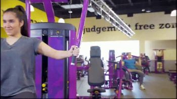 Planet Fitness Teen Summer Challenge TV Spot, 'Teens Work Out Free' - Thumbnail 4