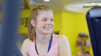 Planet Fitness Teen Summer Challenge TV Spot, 'Teens Work Out Free' - Thumbnail 7