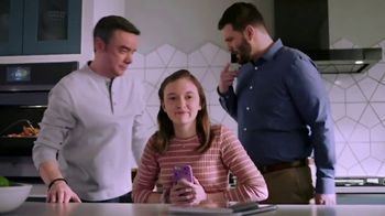 GE Appliances TV Spot, 'Less Oven-Hover, More Dad-Hover: $1,200 Off' - Thumbnail 4