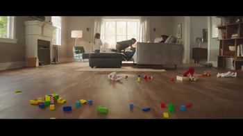 Lumber Liquidators Fall Flooring Kickoff TV Spot, 'Living Room: Waterproof Vinyl Plank' - Thumbnail 4