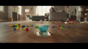 Lumber Liquidators Fall Flooring Kickoff TV Spot, 'Living Room: Waterproof Vinyl Plank' - Thumbnail 6