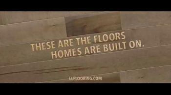 Lumber Liquidators Fall Flooring Kickoff TV Spot, 'Living Room: Waterproof Vinyl Plank' - Thumbnail 7
