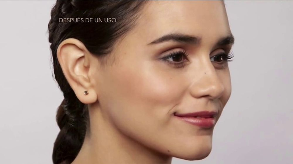 Finishing Touch Flawless Dermaplane Glo TV Commercial, 'Brillante'