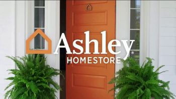 Ashley HomeStore Customer Appreciation Event TV Spot, 'Queen Bed and Furniture Giveaway' - Thumbnail 1