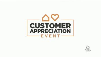Ashley HomeStore Customer Appreciation Event TV Spot, 'Queen Bed and Furniture Giveaway' - Thumbnail 2