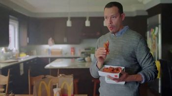 McDonald's Spicy BBQ Glazed Tenders & Chicken Sandwich TV Spot, '¡Te hace decir woo!' [Spanish] - Thumbnail 6