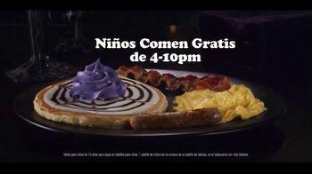 IHOP The Addams Family Menu TV Spot, 'Llamada telefónica' [Spanish] - Thumbnail 7