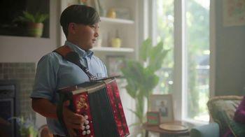 McDonald's Spicy BBQ Chicken Tenders TV Spot, 'Acordeón: Fanta' [Spanish] - Thumbnail 4