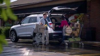 2020 Ford Explorer TV Spot, 'Bulk Buys' [T2] - Thumbnail 3