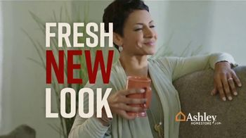 Ashley HomeStore Fall Sale TV Spot, 'Fresh New Look: Save up to 25 Percent' Song by Midnight Riot - Thumbnail 3