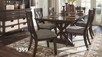 Ashley HomeStore Fall Sale TV Spot, 'Fresh New Look: Save up to 25 Percent' Song by Midnight Riot - Thumbnail 6