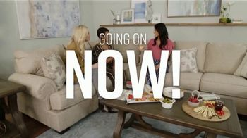 Ashley HomeStore Fall Sale TV Spot, 'Fresh New Look: Save up to 25 Percent' Song by Midnight Riot - Thumbnail 7