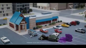 IHOP The Addams Family Menu TV Spot, 'Lurch's Order' - Thumbnail 8