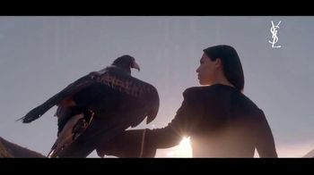 Yves Saint Laurent Libre TV Spot, 'The New Scent of Freedom' Featuring Dua Lipa - Thumbnail 4