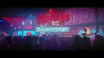Wendy's Baconfest TV Spot, 'Party: Free Junior Bacon Cheeseburger' - Thumbnail 1