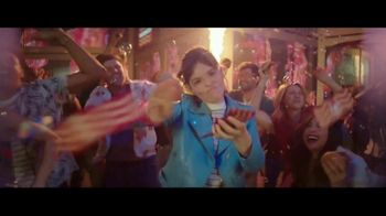Wendy's Baconfest TV Spot, 'Party: Free Junior Bacon Cheeseburger' - Thumbnail 3