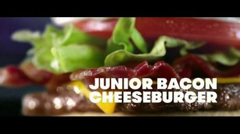 Wendy's Baconfest TV Spot, 'Party: Free Junior Bacon Cheeseburger' - Thumbnail 8
