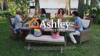 Ashley HomeStore End of Summer Sale TV Spot, 'Sofas and Dining Sets' Song by Midnight Riot - Thumbnail 8