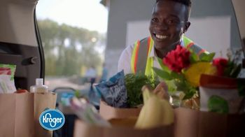 The Kroger Company TV Spot, 'Extra Fuel Points' - Thumbnail 9