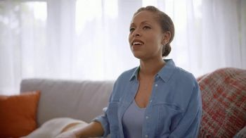 Febreze PLUG TV Spot, 'Fresh Beginning' - Thumbnail 2