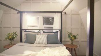 Airbnb Plus TV Spot, 'Atlanta Tiny Home'