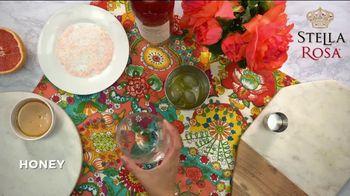 Stella Rosa Wines TV Spot, 'How-To Cocktail Recipe: Grapefruit Jalapeño StellaRita' - Thumbnail 7