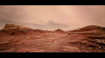 Land Rover Discovery TV Spot, 'Another World' [T1] - Thumbnail 2