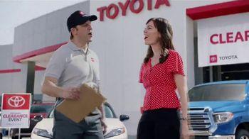 Toyota National Clearance Event TV Spot, 'Duet' [T1] - Thumbnail 5