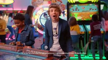 Chuck E. Cheese's All You Can Play TV Spot, 'World of Fun' - Thumbnail 6