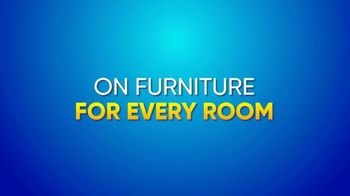 Rooms to Go Summer Sale and Clearance TV Spot, 'The Last Weekend' - Thumbnail 3