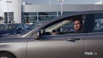 TrueCar TV Spot, 'The TrueCar Curve' - Thumbnail 9