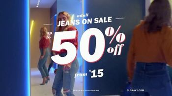 Old Navy TV Spot, 'Reunion: Jeans' Featuring Busy Philipps - Thumbnail 10