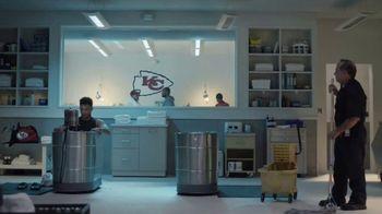 DIRECTV NFL Sunday Ticket TV Spot, 'Ice Bath' Featuring Patrick Mahomes II - Thumbnail 2