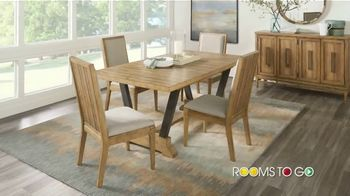 Rooms to Go Summer Sale and Clearance TV Spot, 'Cindy Crawford Dining Room' - Thumbnail 2