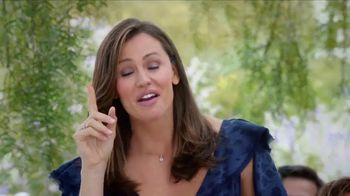 Capital One Venture Card TV Spot, 'Wedding' Featuring Jennifer Garner - Thumbnail 8
