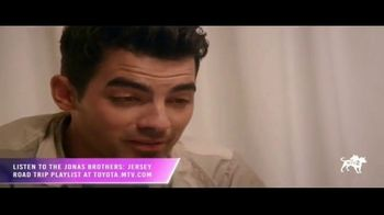 2020 Toyota Corolla TV Spot, '2019 MTV Video Music Awards: Stone Pony' Featuring The Jonas Brothers [T1] - Thumbnail 2