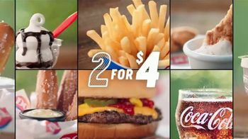 Dairy Queen 2 for $4 Super Snacks TV Spot, 'This Mom Runs on Snacks' - Thumbnail 5
