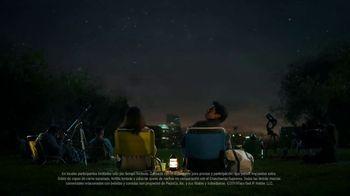 Taco Bell Triple Double Crunchwrap Box TV Spot, 'Lluvia de meteoritos' [Spanish] - Thumbnail 8
