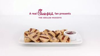 Chick-fil-A TV Spot, 'The Little Things: George and Meredith: Grilled Nuggets and Mac & Cheese' - Thumbnail 1