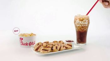 Chick-fil-A TV Spot, 'The Little Things: George and Meredith: Grilled Nuggets and Mac & Cheese' - Thumbnail 5