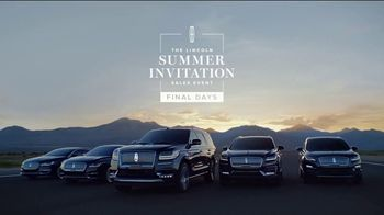 Lincoln Summer Invitation Sales Event TV Spot, 'Inside Outside' [T2] - Thumbnail 8