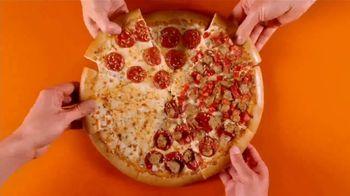 Little Caesars Pizza HOT-N-READY Quattro TV Spot, 'Holy Smokes' - Thumbnail 7