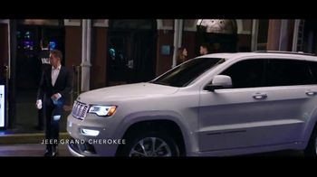 Summer of Jeep TV Spot, 'Grand Party' Featuring Jeremy Renner [T2] - Thumbnail 2