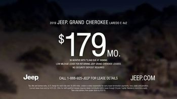 Summer of Jeep TV Spot, 'Grand Party' Featuring Jeremy Renner [T2] - Thumbnail 9