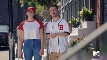 GEICO TV Spot, 'MTV: Welcome to Bass-ton' Featuring Lance Bass - Thumbnail 1