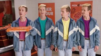 Little Caesars HOT-N-READY Quattro Pizza TV Spot, 'Quattro Brothers: Singing Voices' - Thumbnail 5