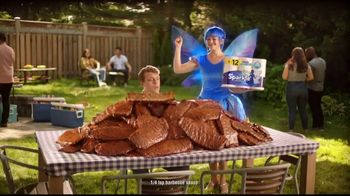 Sparkle Towels TV Spot, 'Ribs Giants' - Thumbnail 7