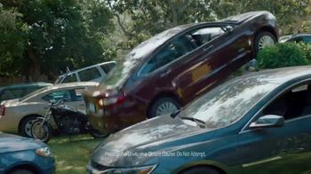 Allstate TV Spot, 'Mayhem: Parking Guy' Featuring Dean Winters - Thumbnail 6
